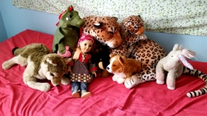 stuffed animals_comfort_friends