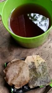 Hot tea, cold compress